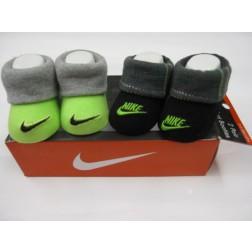 Nike Newborn 0-6m Baby Jordan's Booties Box Set - Green And Black